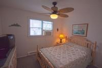 serenity.bedroom.2012-200x133.jpg (7 KB)