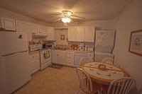 serenity.kitchen.2012-200x133.jpg (7 KB)